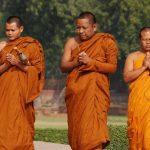 נזירים בטיול מאורגן להודו
