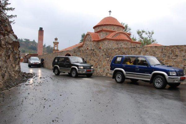 טיול ג'יפים בנהיגה עצמית בקפריסין