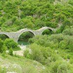 גשרים עתיקים בטיול משפחות ביוון