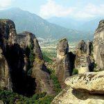 תצפית נוף הררי בטיול משפחות ביוון