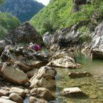 מסלול הליכה במים בטיול משפחות ביוון
