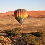 מסע בכדור פורח בטיול מאורגן בנמיביה