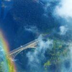 גשר בין הרים בזימבבואה - טיול בנהיגה עצמית